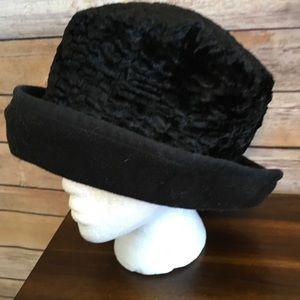 Accessories - Reversible Soft Black Hat